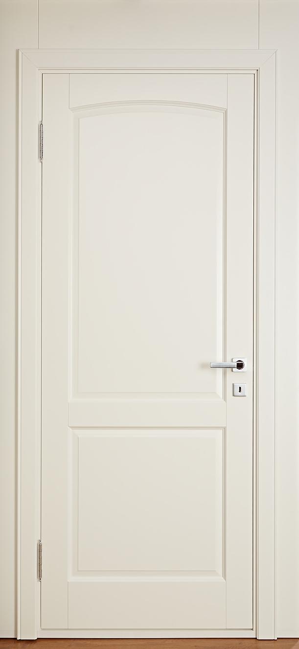 Бежевая крашенная дверь из массива березы - Брянский Лес