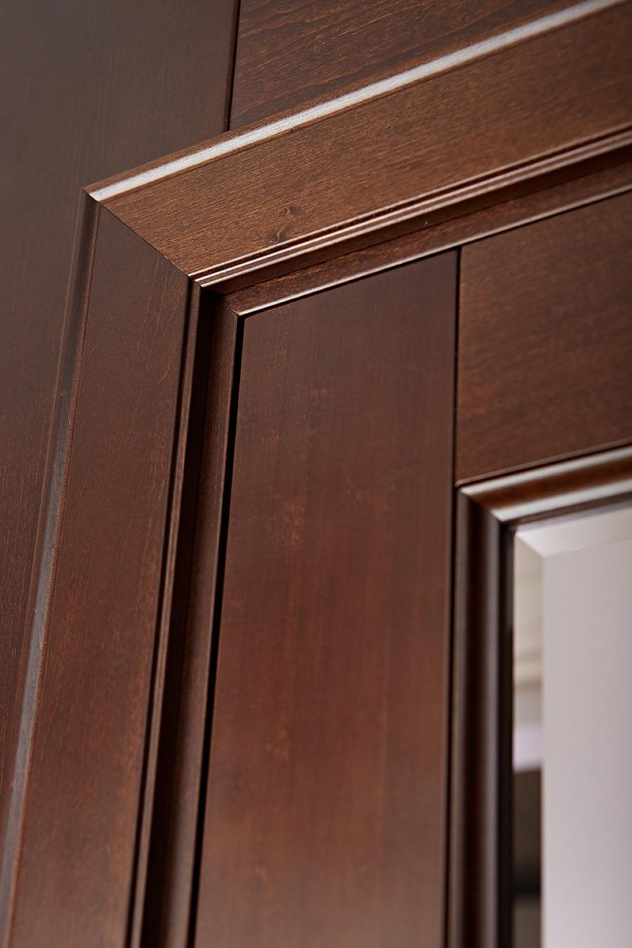 Детальное фото двери из массива Брянский Лес