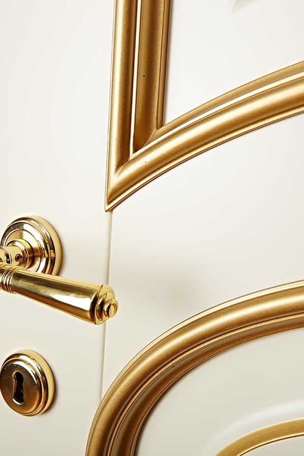 Капри - слоновая кость и золото - в деталях